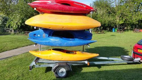 8 Boat canoe trailer light board in shortest position