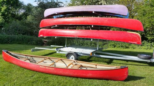 8 Boat canoe trailer showing light board extended